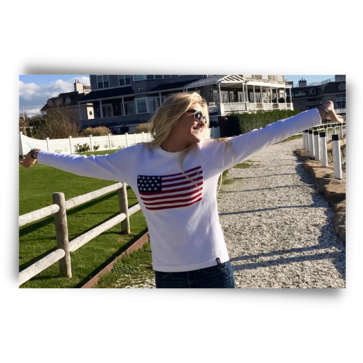 The perfect pull over crew neck sweater for this Fourth of July from Holebrook USA.